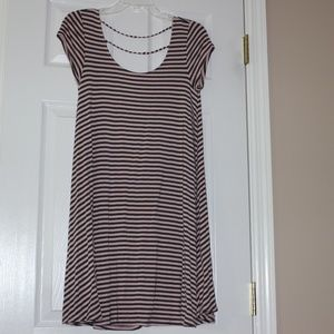 PINK AND GRAY STRIPED AMERICAN EAGLE SHIFT DRESS